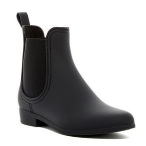 Jeffrey CampbellForecast Chelsea Rain Boot 8/9